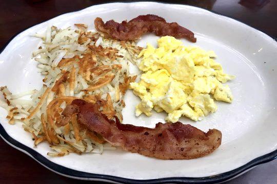 Restaurant Temecula - 2 eggs breakfast